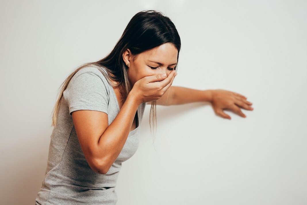 Как остановить рвоту с помощью домашних средств